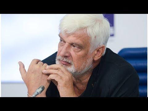 Биография заслуженного деятеля искусств РФ Дмитрия Брусникина