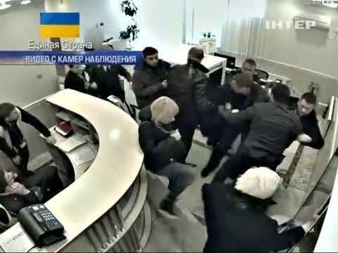 Пшонка и Клименок бегут из Украины, 22.02.2014